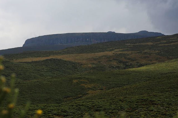 mount-kenya-sirimon-trek-06-days